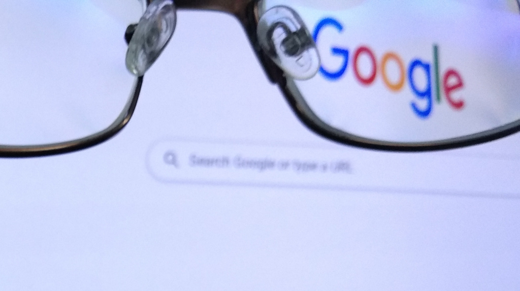 Google Search seen through spectacles